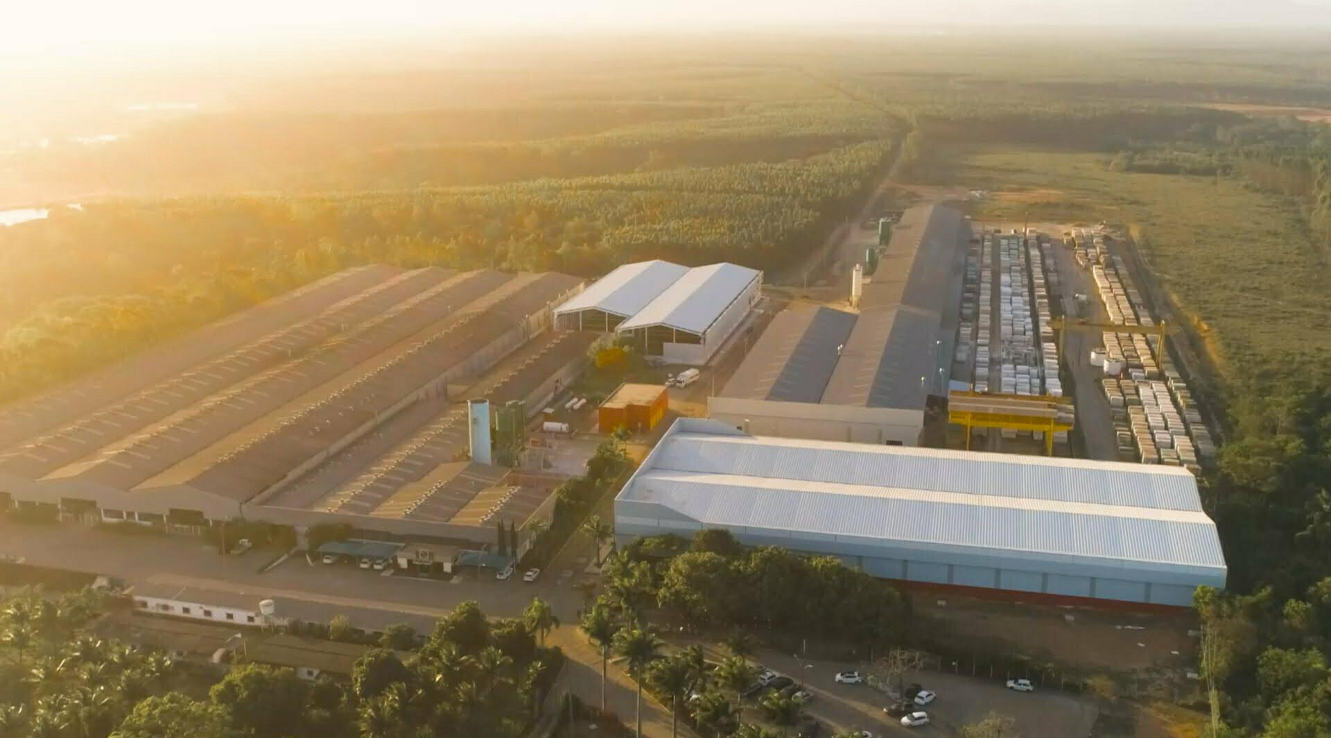 industrial plant zucchi landscape