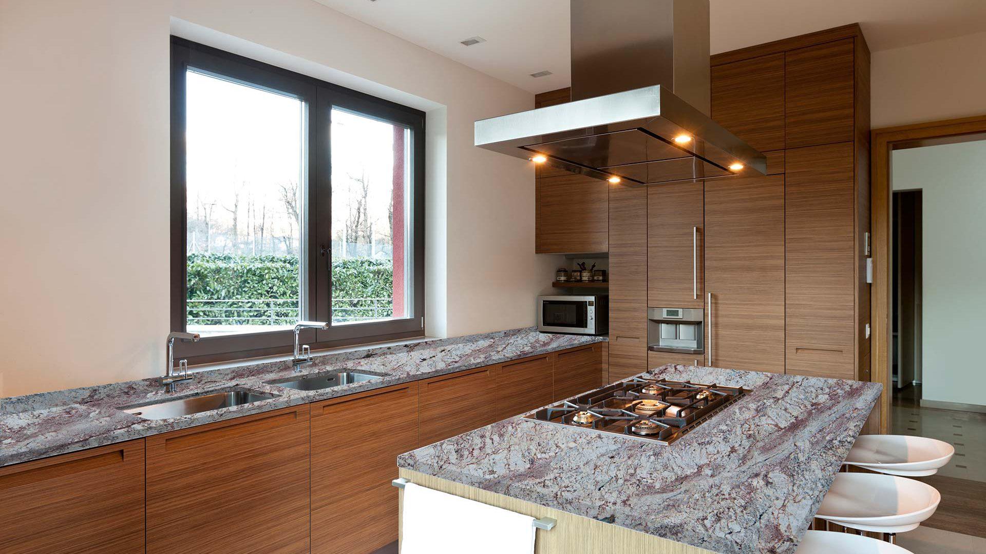 granite-siena-bordeaux-kitchen-01