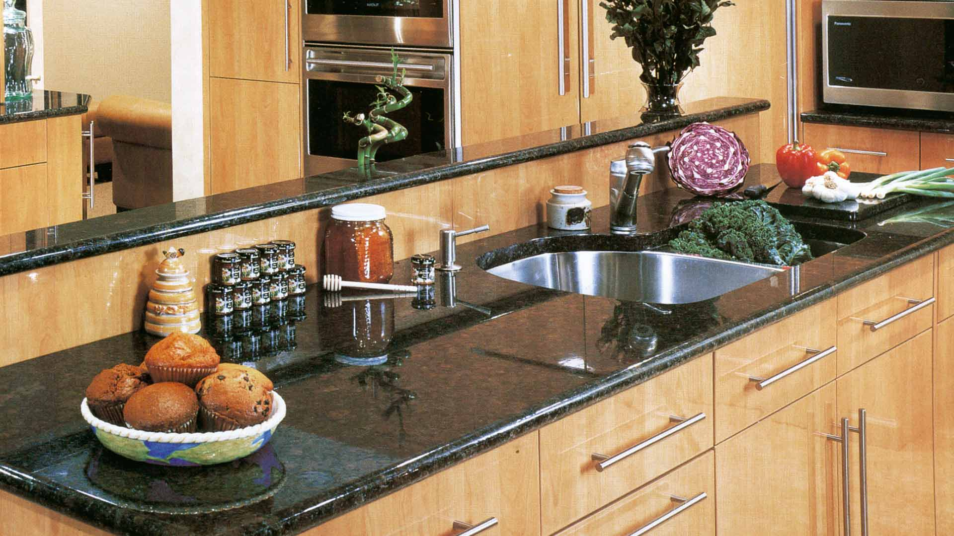 granite ubatuba kitchen