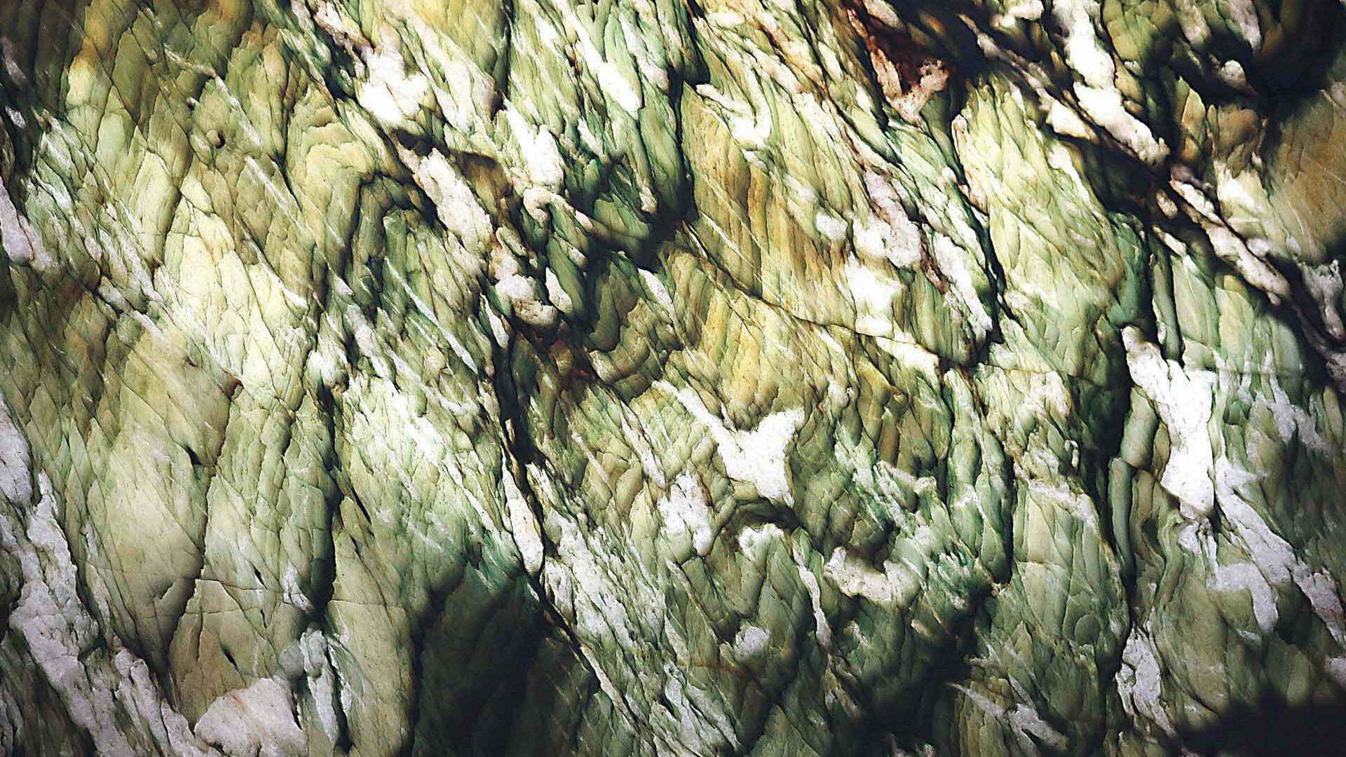 quartzite-alexandrita-close